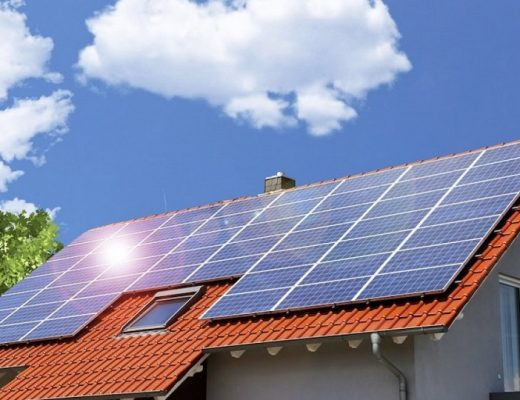Des panneaux solaires sur une habitation